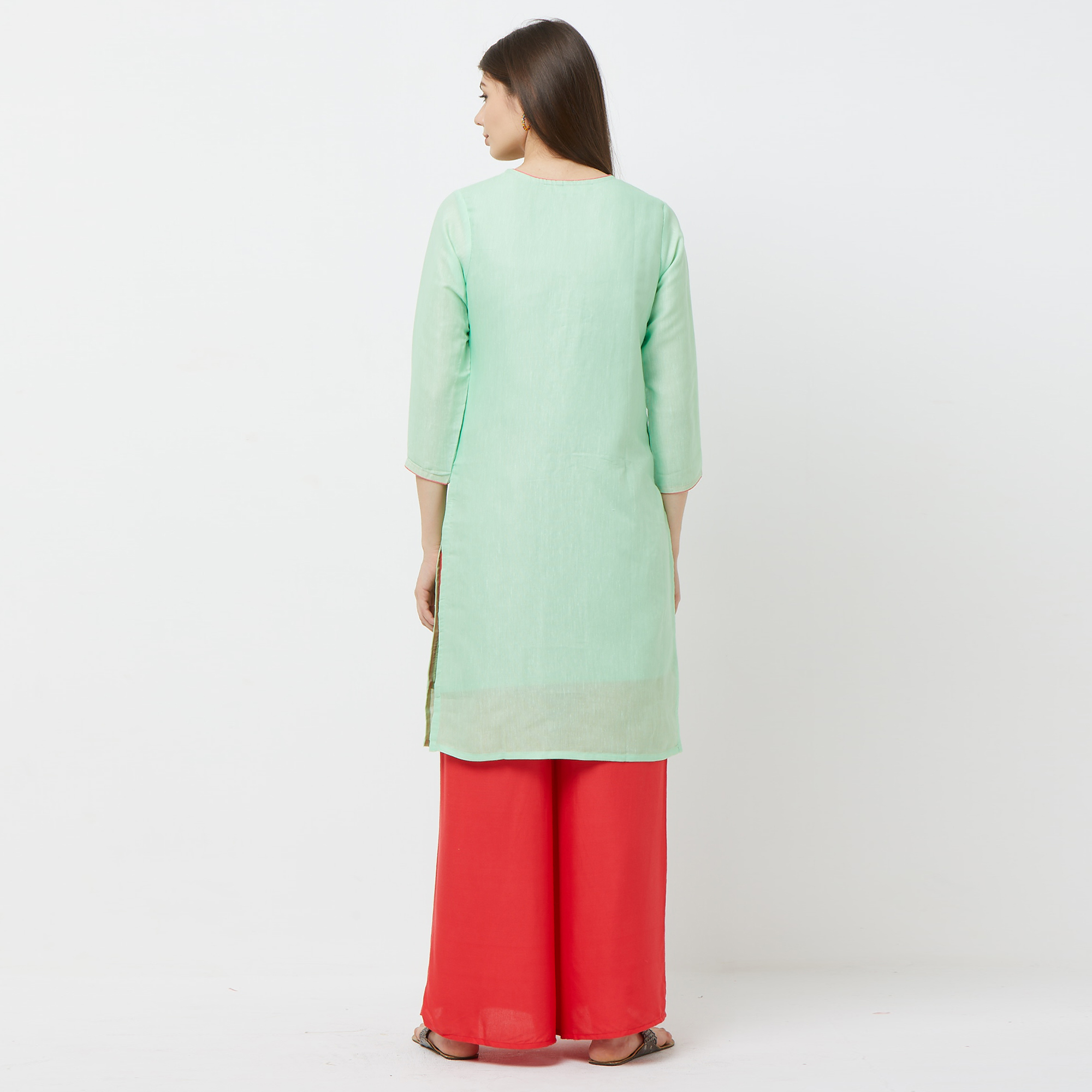 Prominent Pastel Green Colored Casual Embroidered Cotton Kurti