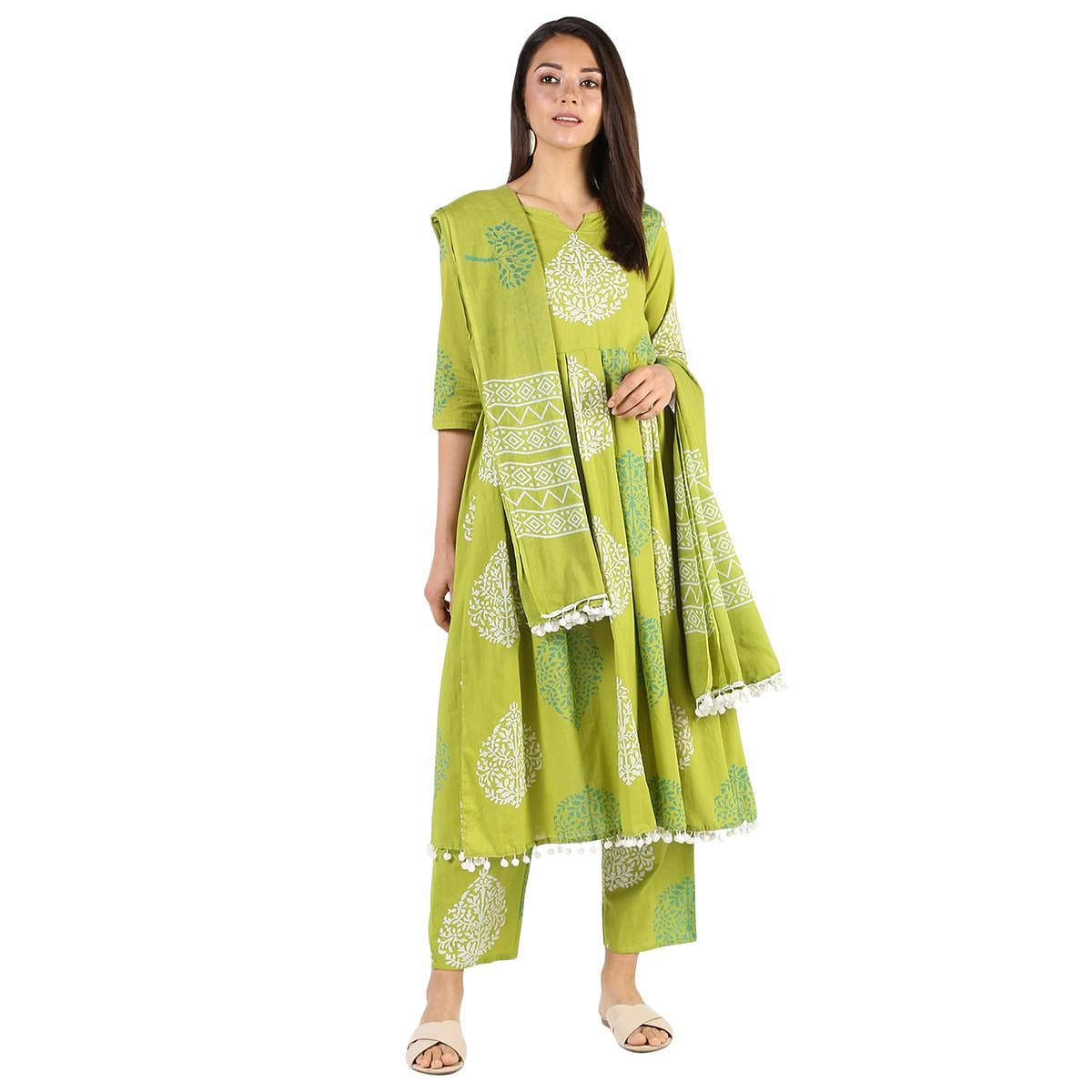 Attractive Green Colored Casual Wear Block Printed Cotton Kurti-Bottom Set With Dupatta