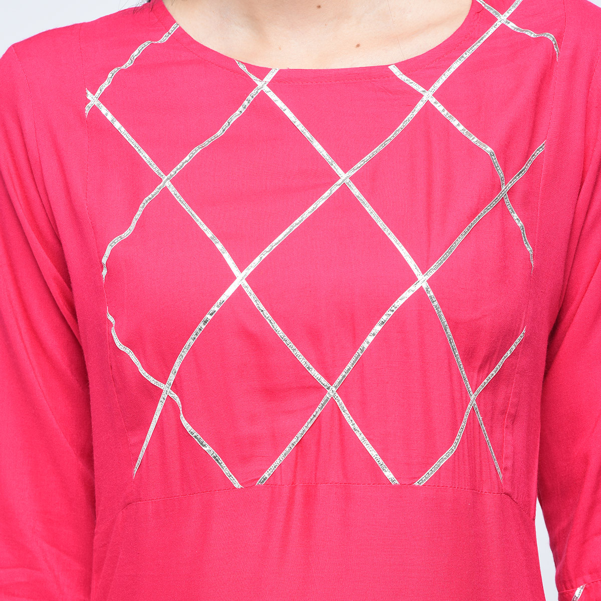 Engrossing Pink Colored Casual Printed Viscose Palazzo Suit