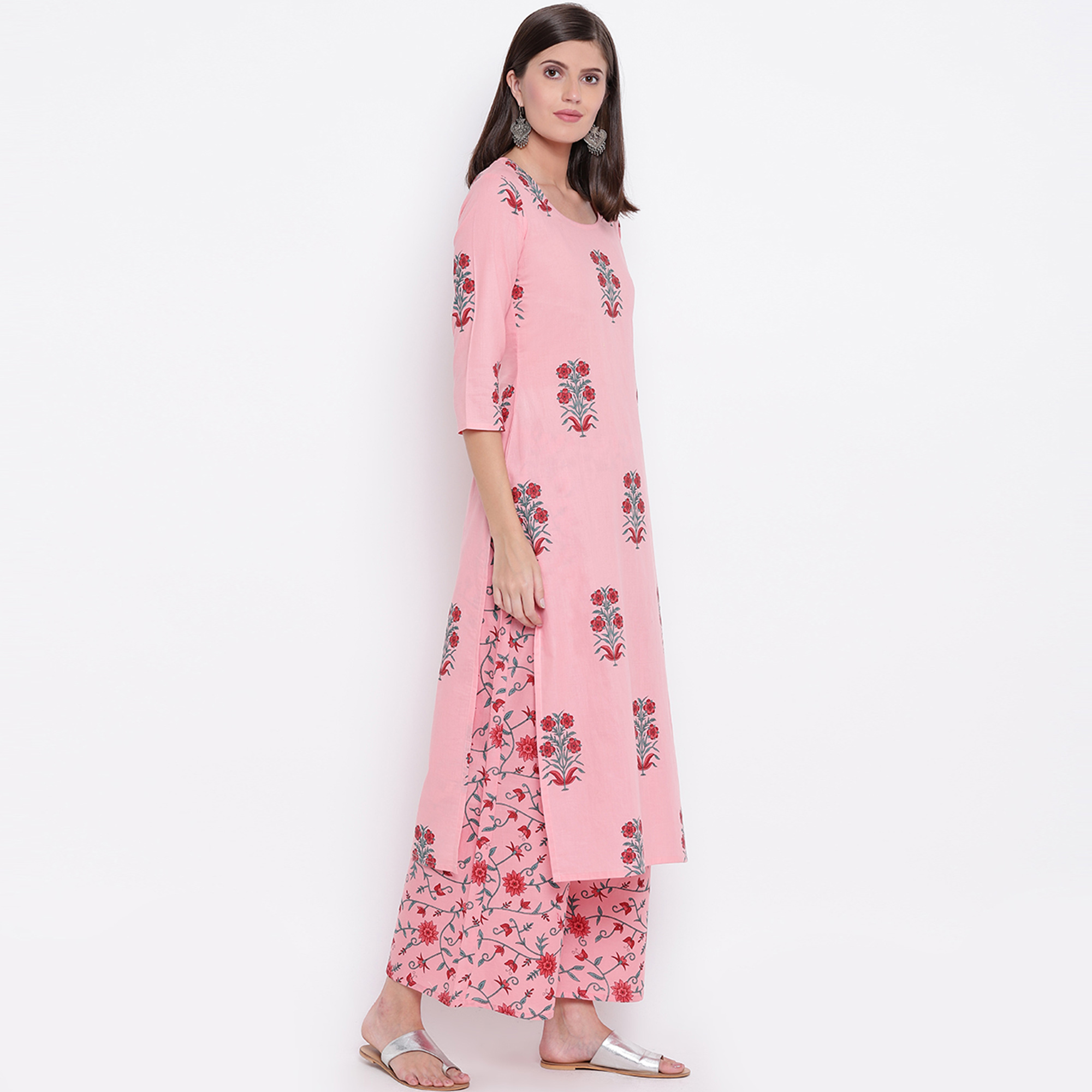 Lovely Light Pink Colored Casual Printed Cotton Palazzo Suit