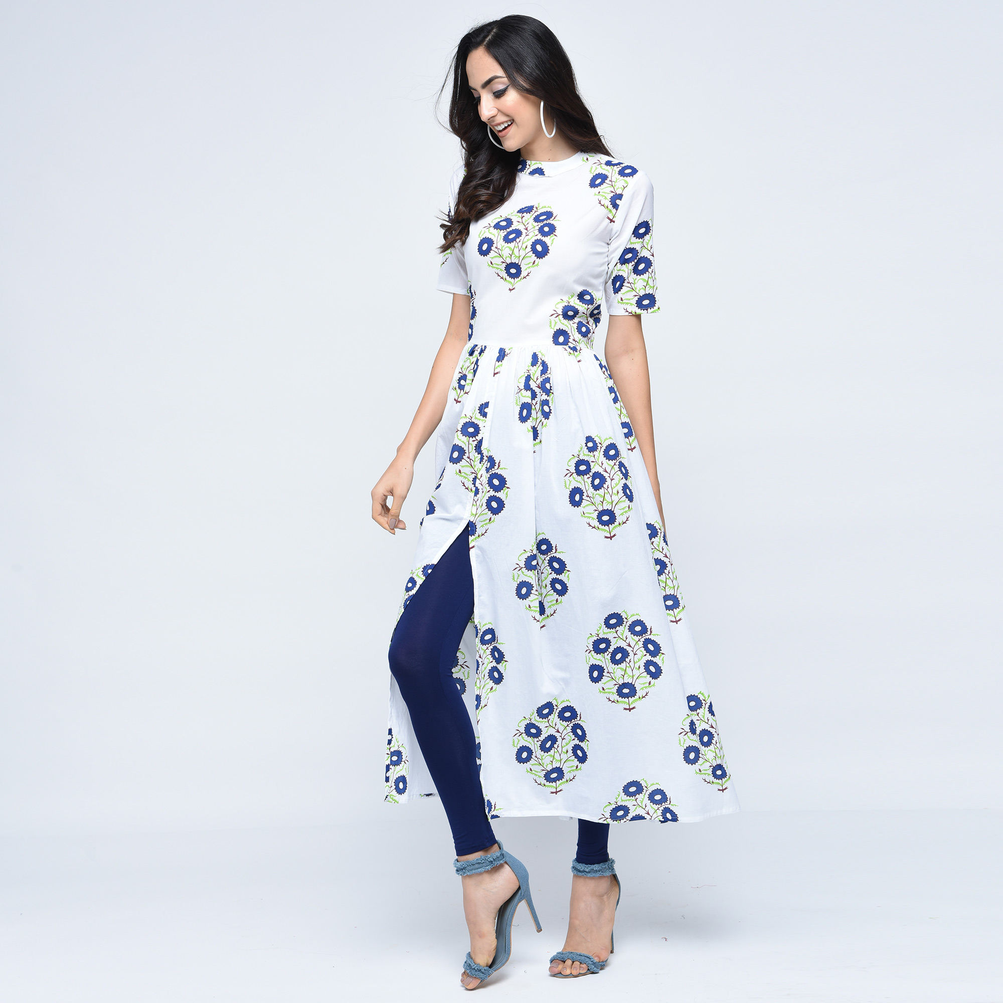 Lovely White Colored Partywear Printed Cotton Kurti
