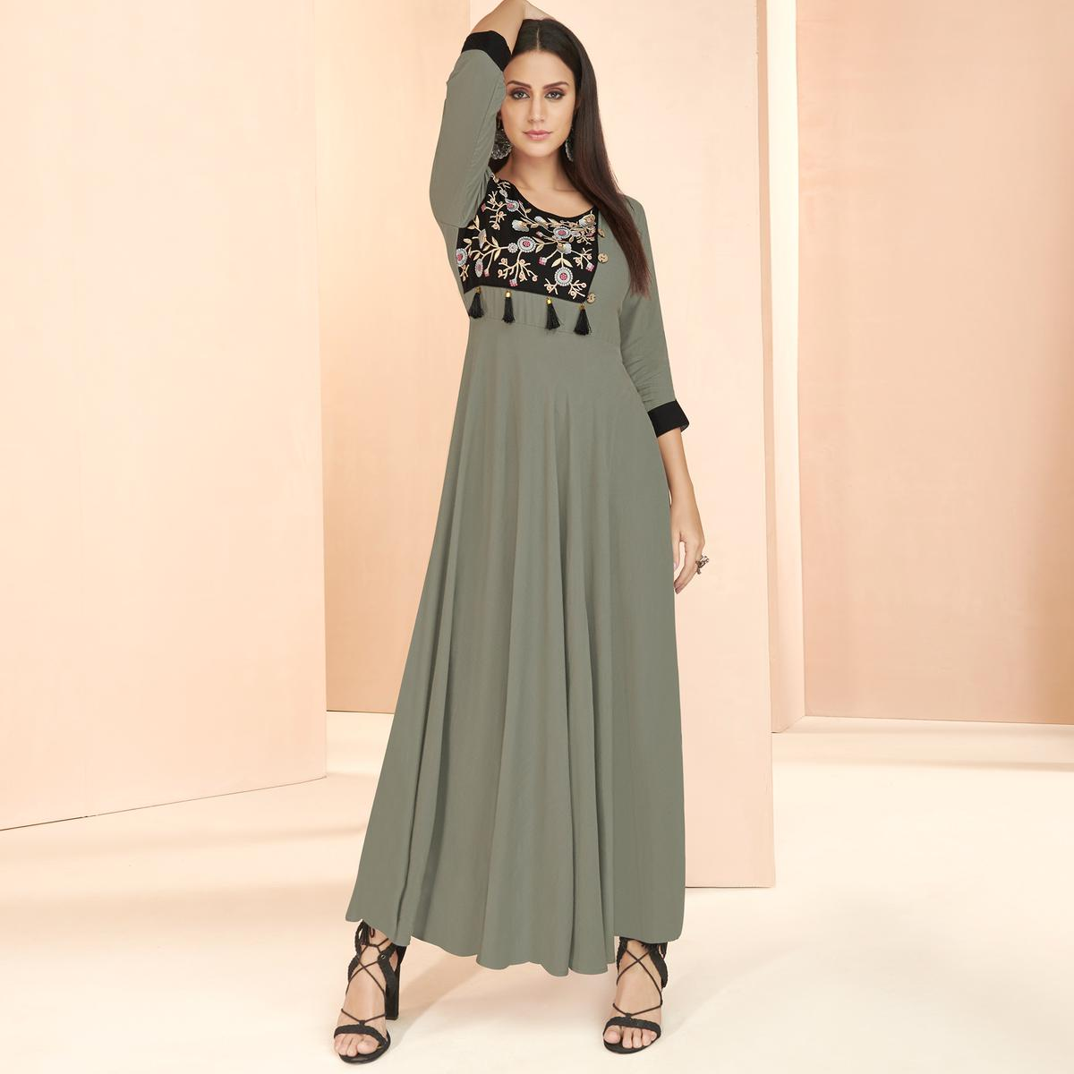 Ravishing Gray Colored Partywear Embroidered Heavy Rayon Long Kurti
