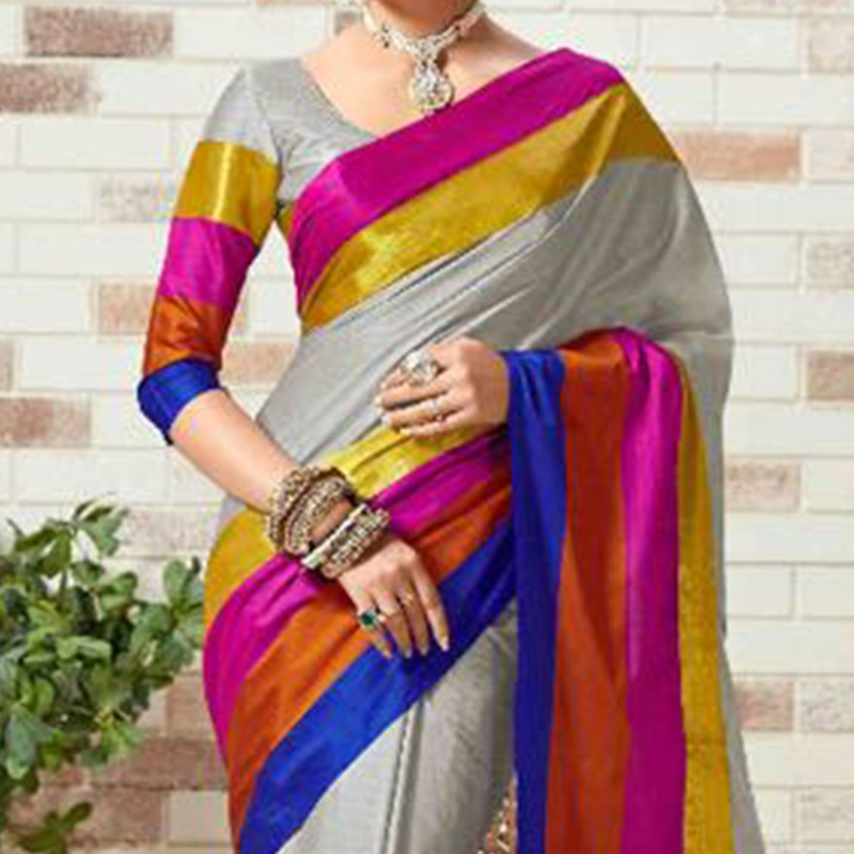 Grey Multicolored Printed Saree