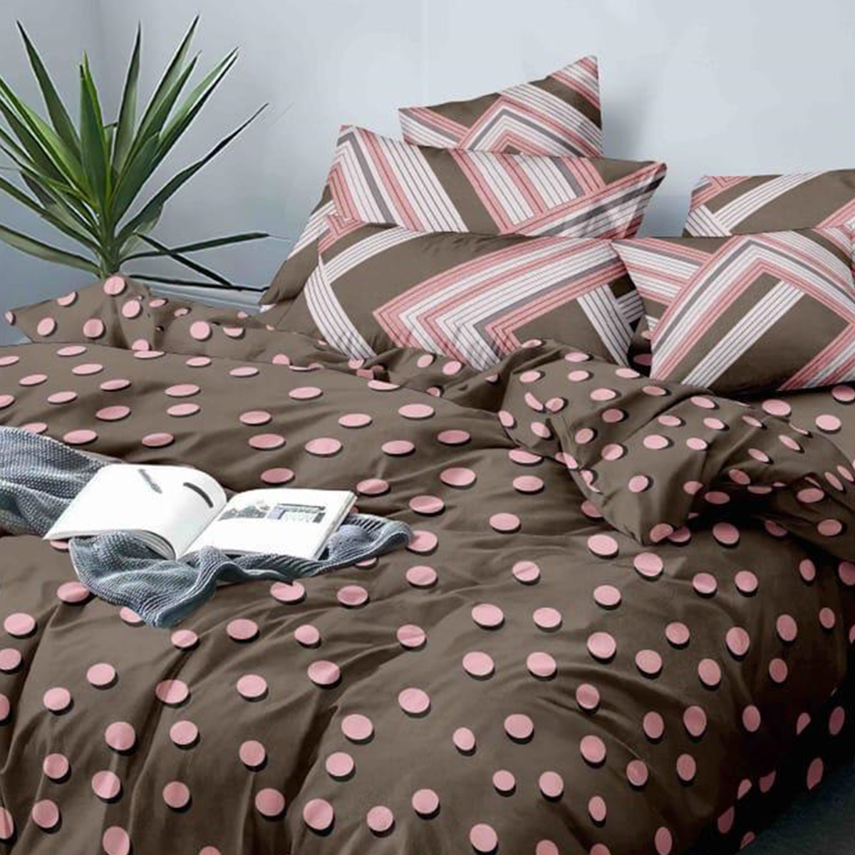 Demanding Brown Colored Printed Queen Sized Bed Sheet With 2 Pillow Covers