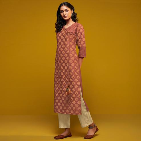 Unique Blush Red Colored Casual Printed Cotton Silk Kurti-Bottom Set