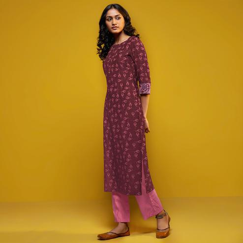 Magnetic Wine Colored Casual Printed Cotton Silk Kurti-Bottom Set
