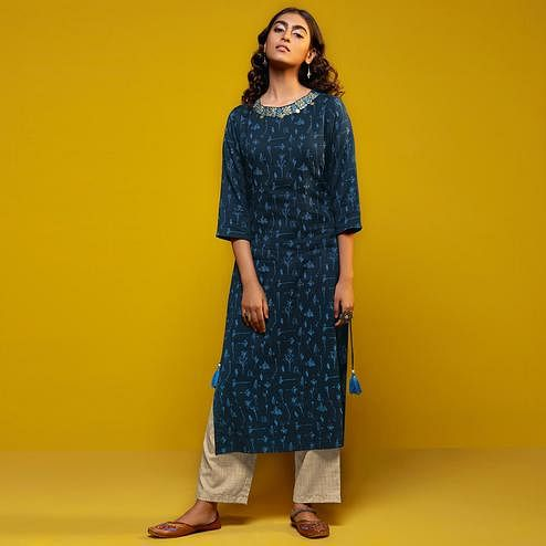 Hypnotic Navy Blue Colored Casual Printed Cotton Silk Kurti-Bottom Set