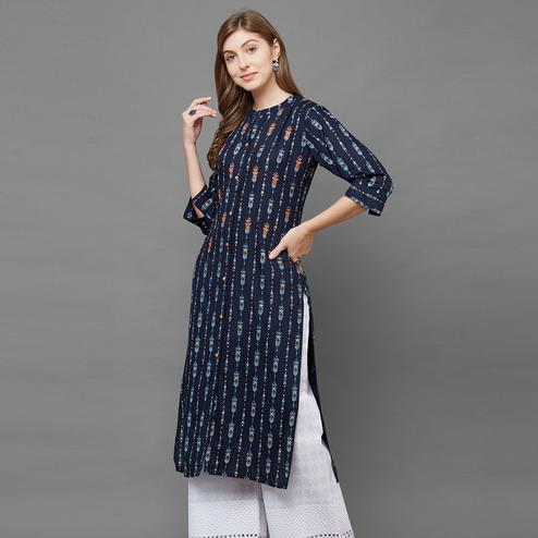 Demanding Navy Blue Colored Casual Printed Cotton Kurti