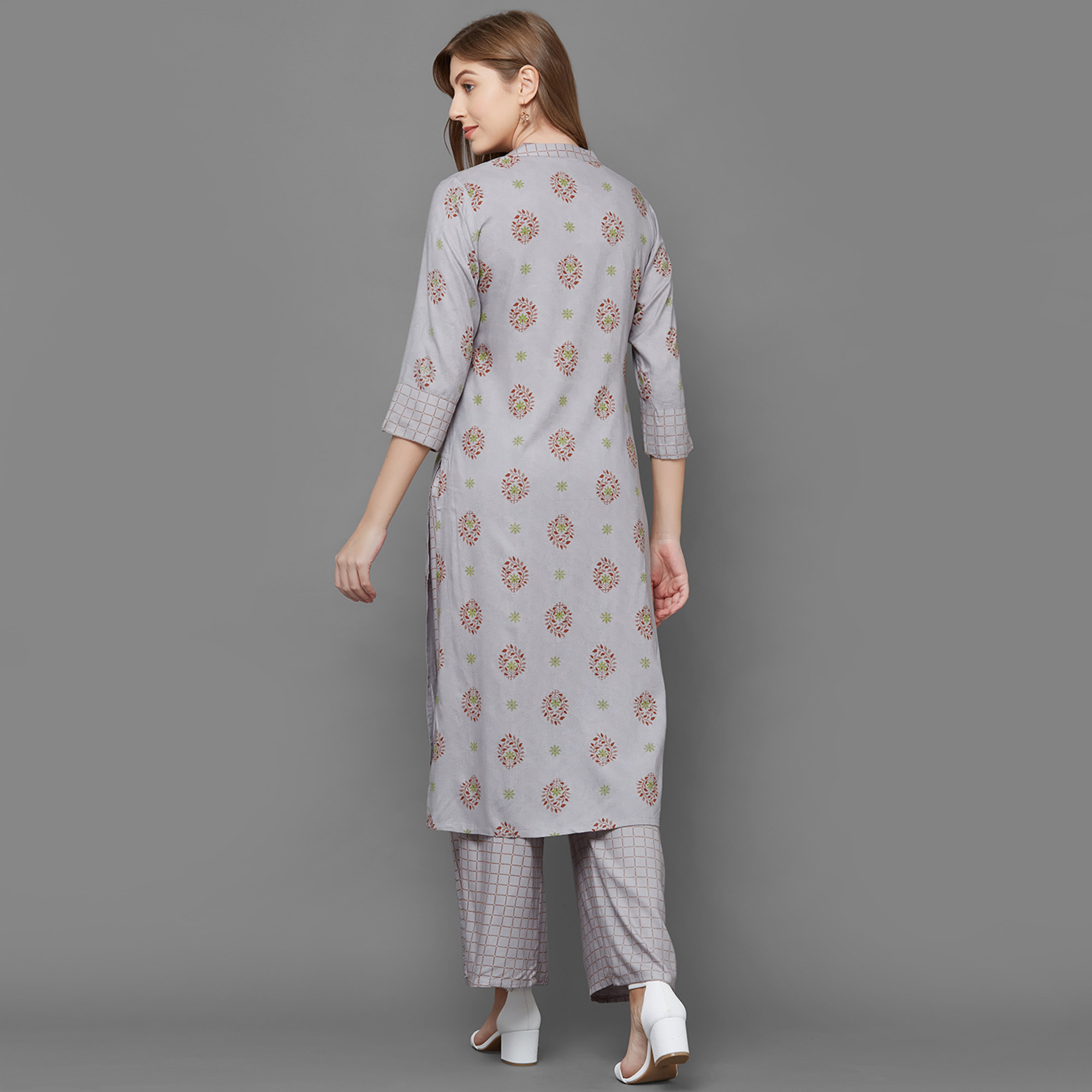 Elegant Grey Colored Partywear Printed Cotton Kurti-Palazzo Set