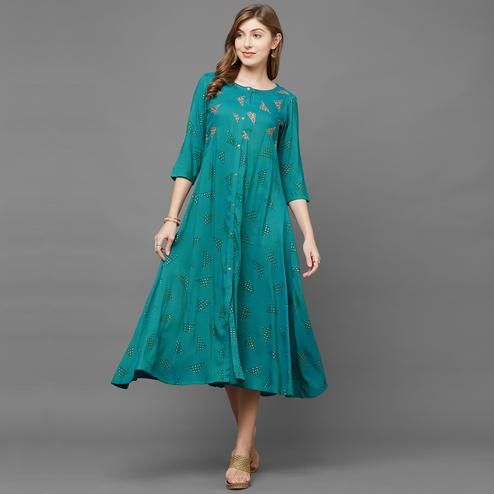 Classy Green Colored Casual Printed Cotton Kurti