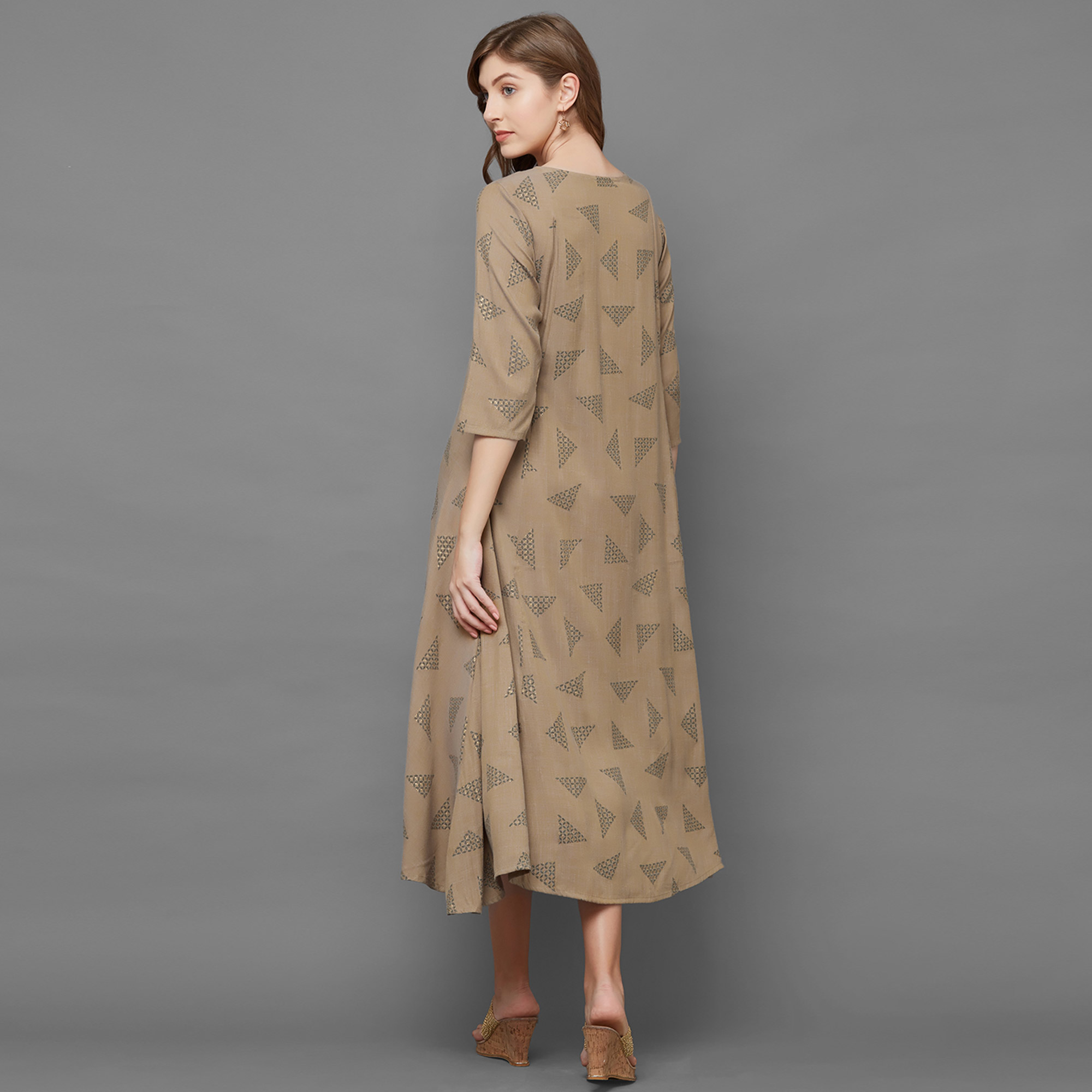 Gleaming Beige Colored Casual Printed Cotton Kurti