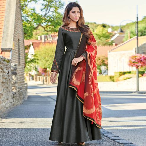 Hypnotic Gray Colored Partywear Embroidered Art Silk Gown With Muslin Silk Dupatta