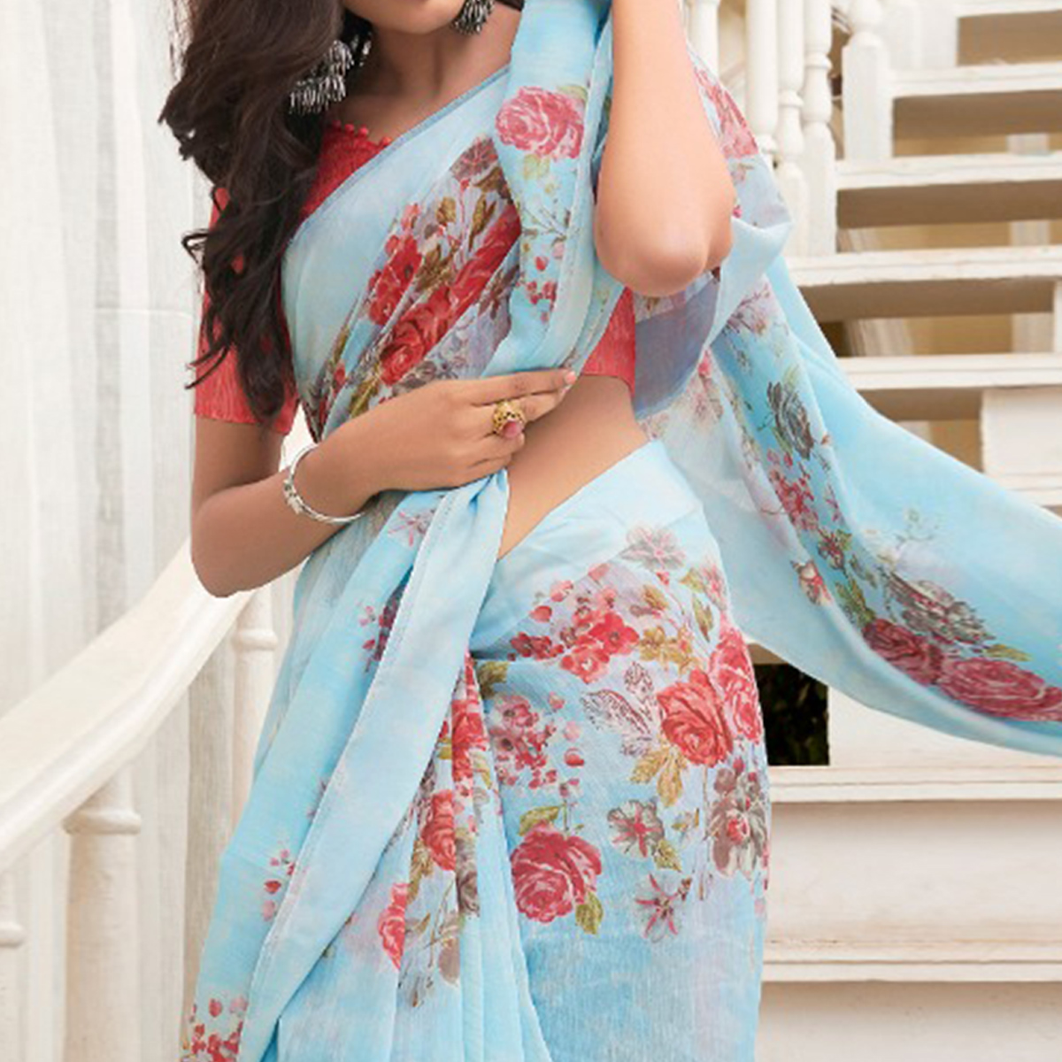 Trendy Light Blue Colored Casual Floral Printed Linen-Art Silk Saree