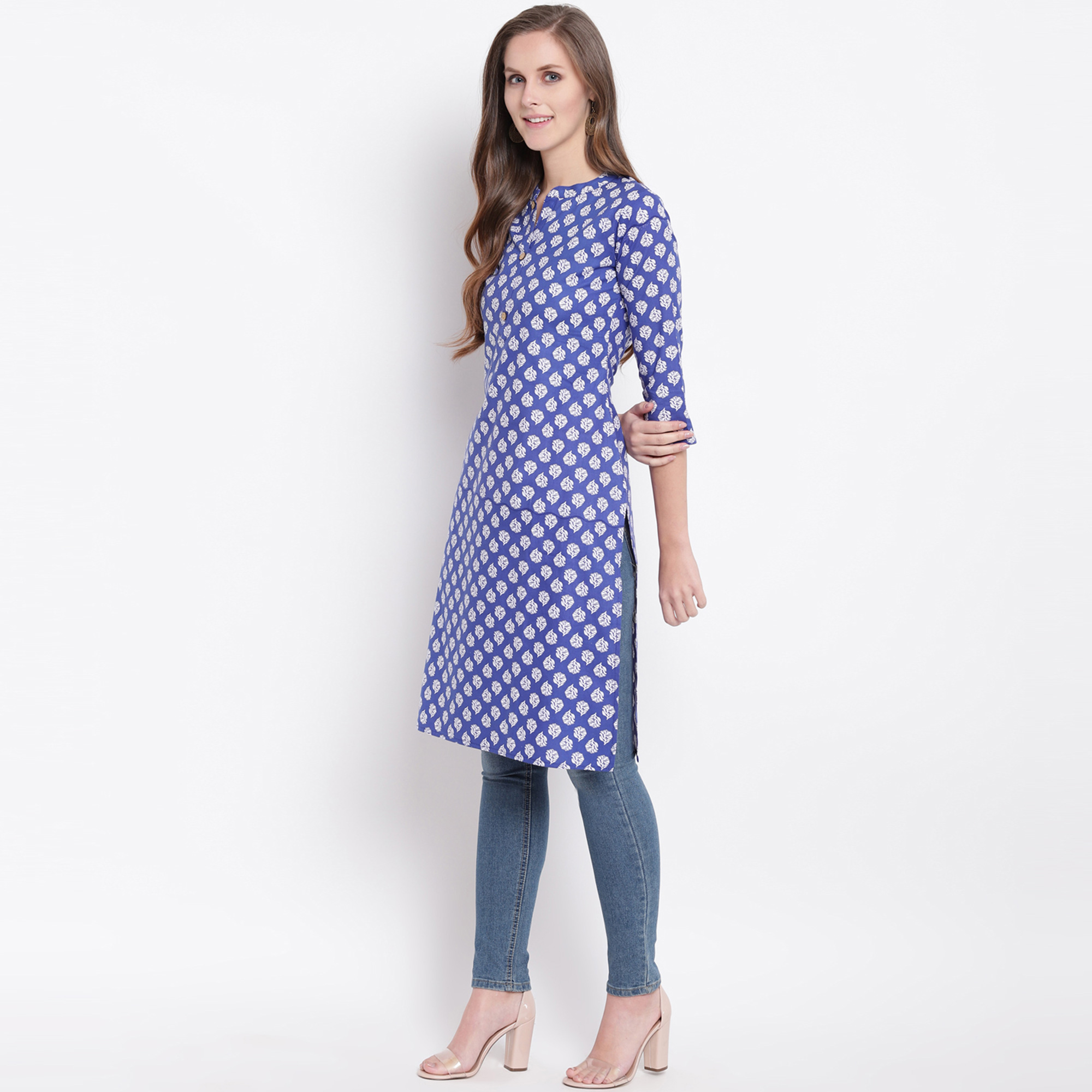 Arresting Blue Colored Casual Printed Cotton Kurti