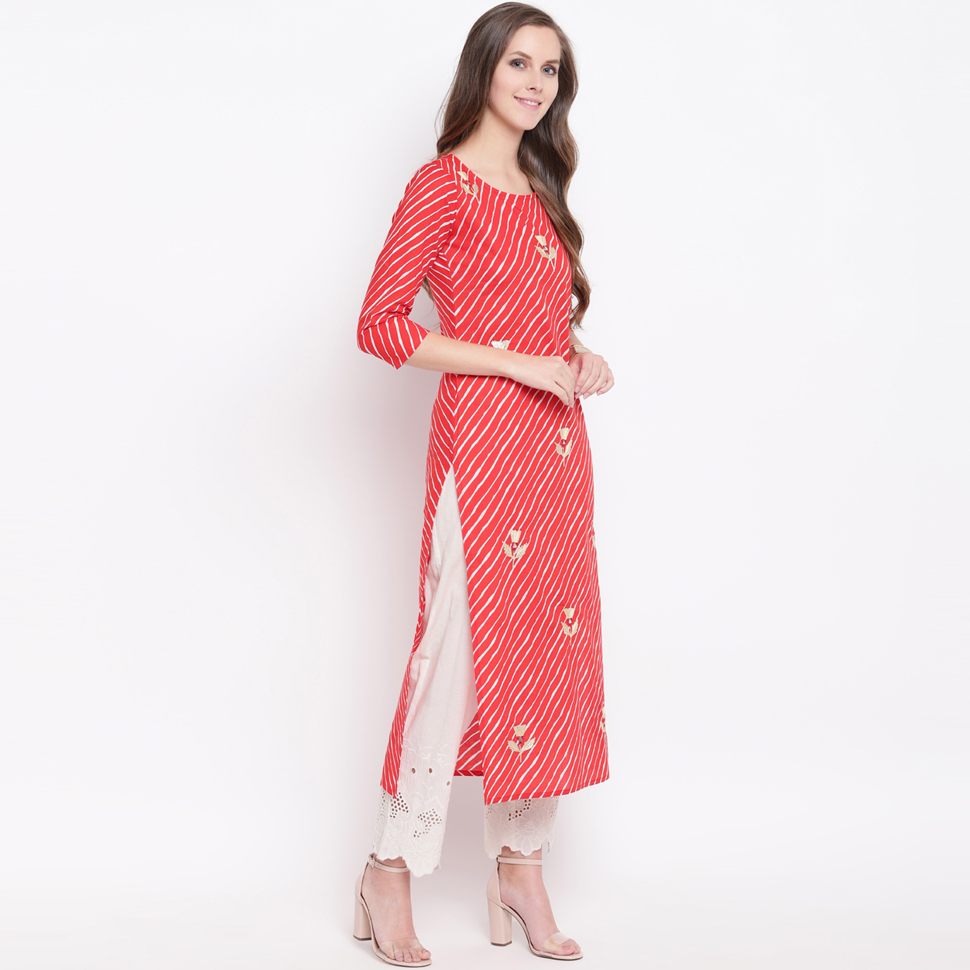 Demanding Red Colored Casual Printed Cotton Kurti