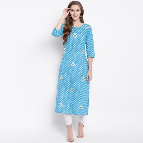 Refreshing Sky Blue Colored Casual Printed Cotton Kurti