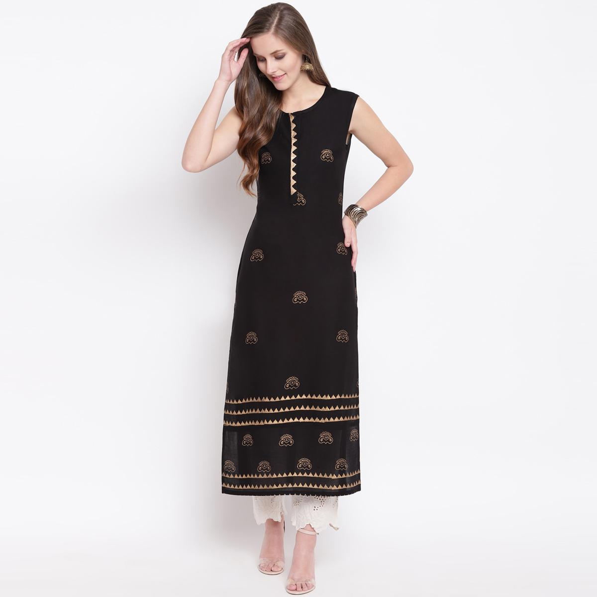 Magnetic Black Colored Casual Foil Printed Rayon Kurti