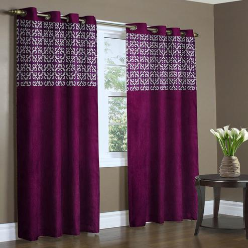Jazzy Wine Colored Printed Curtain - Pack Of 2