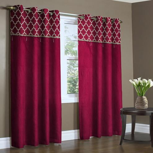 Glowing Maroon Colored Printed Curtain - Pack Of 2