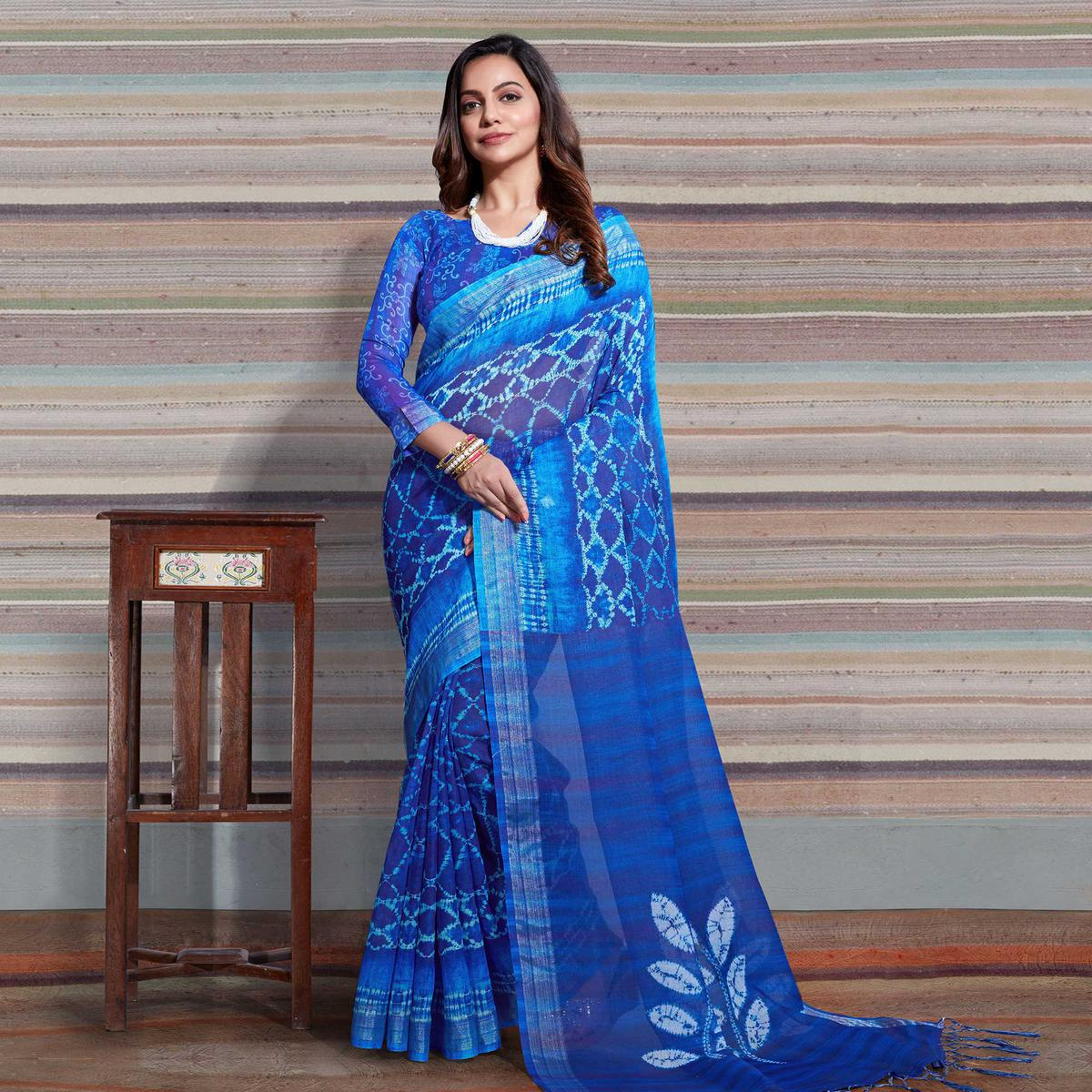 Blooming Blue Colored Casual Digital Printed Linen Saree