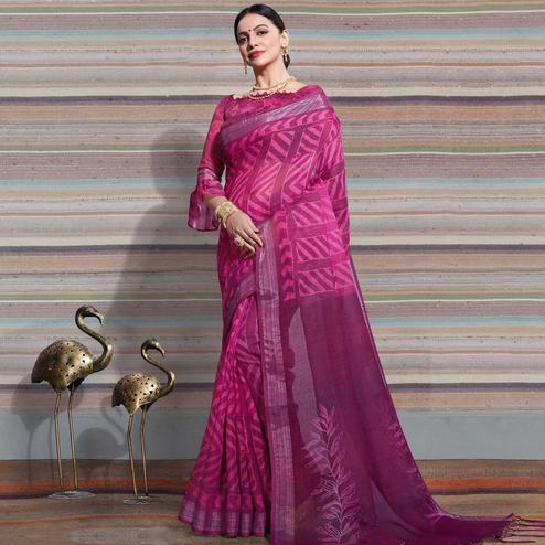 Innovative Pink Colored Casual Digital Printed Linen Saree