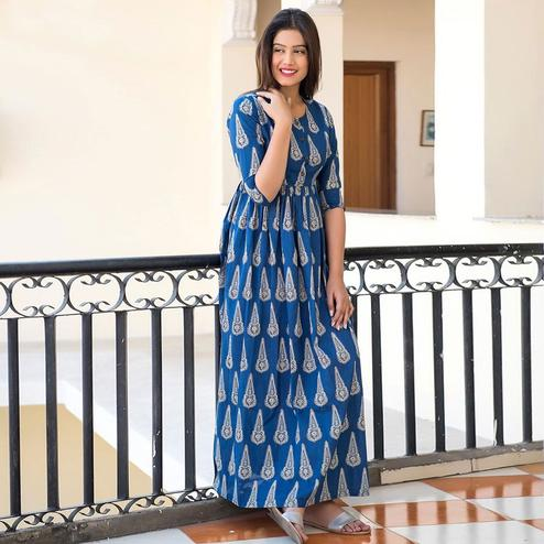 Desirable Blue Colored Casual Printed Pure Muslin Gown