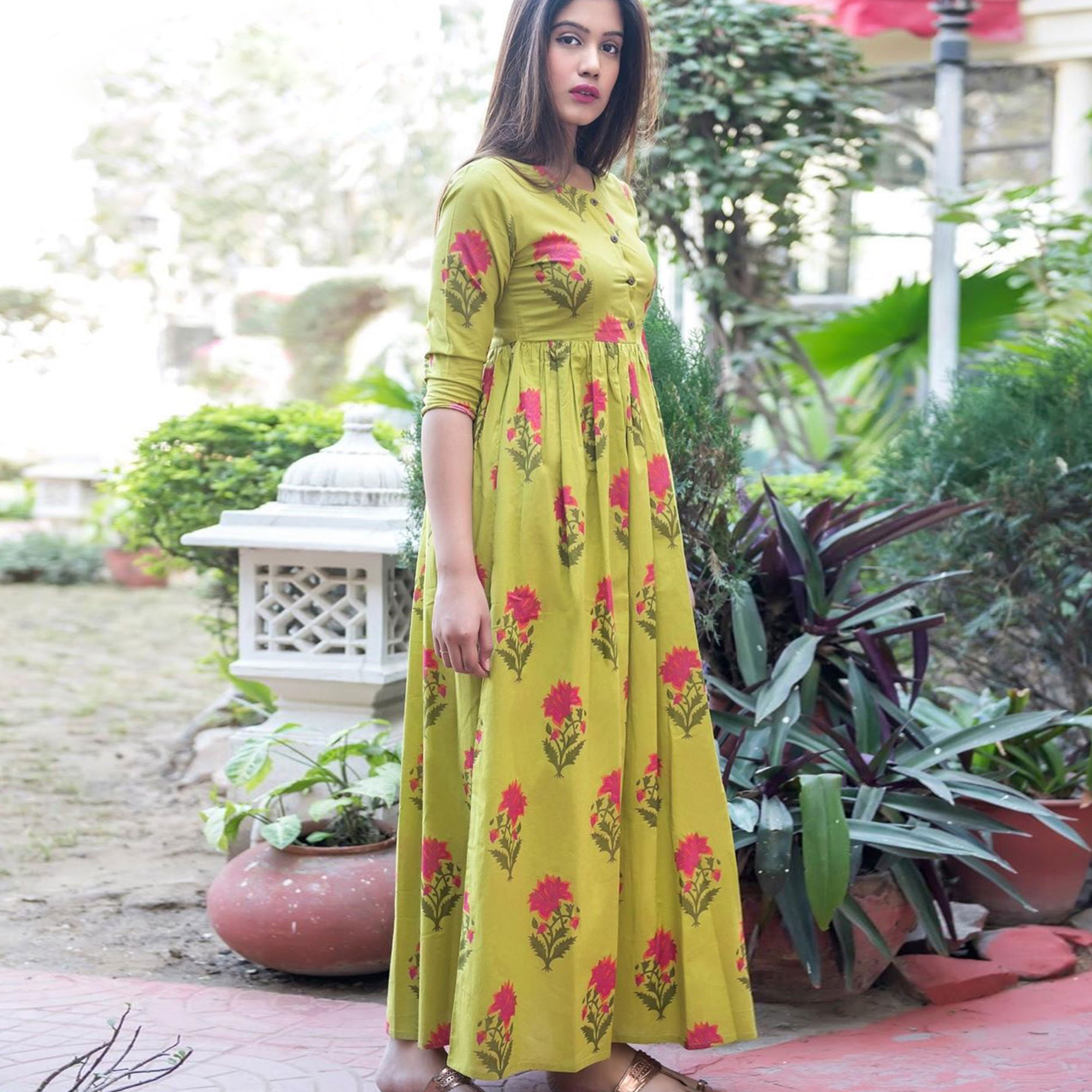Exotic Green Colored Casual Printed Pure Muslin Gown