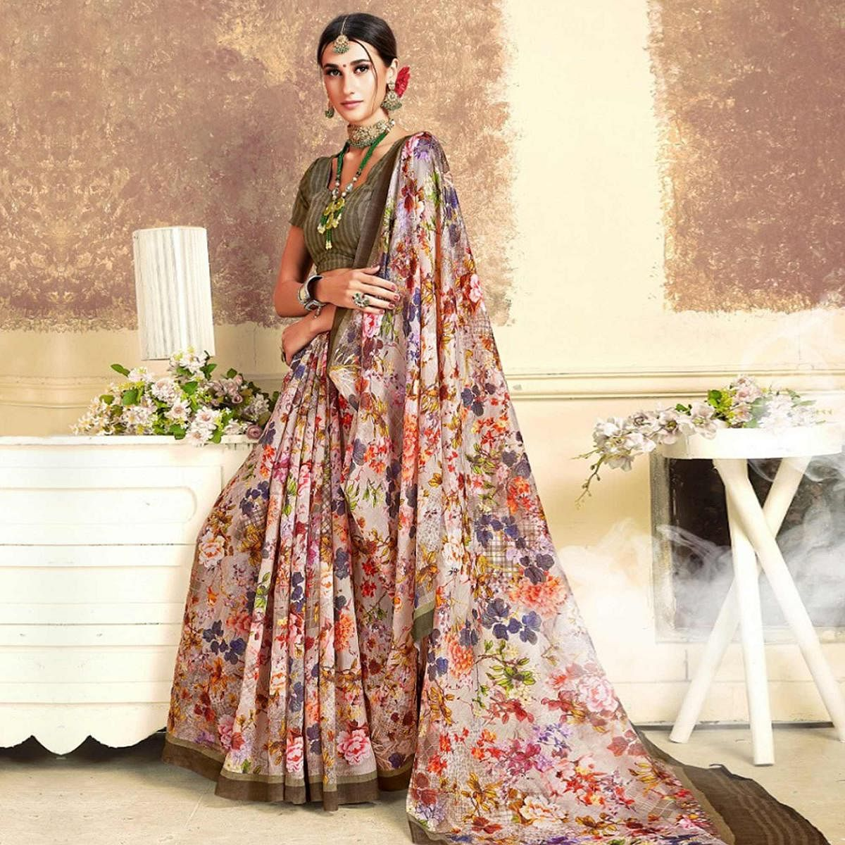 Adorning Off White Colored Casual Printed Art Silk Saree