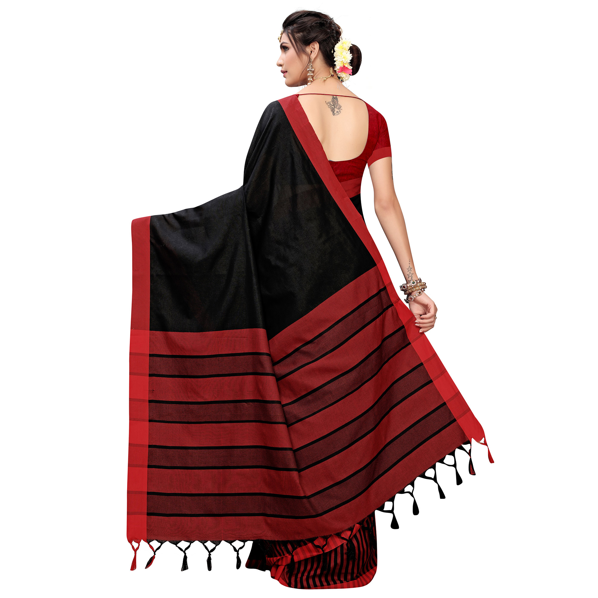 Exotic Black Colored Casual Printed Cotton Silk Saree