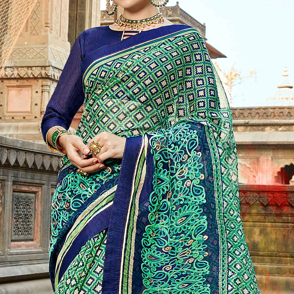 Ethnic Green Colored Casual Printed Netted Saree