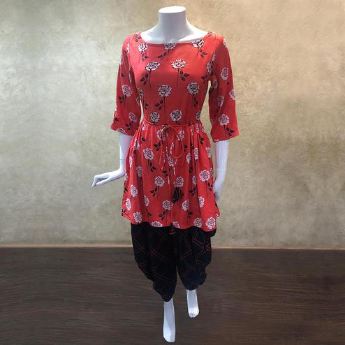 Desirable Coral Red Colored Casual Floral Printed Cotton Kurti-Dhoti Set