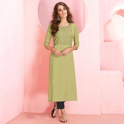 Elegant Pastel Green Colored Casual Wear Rayon Kurti