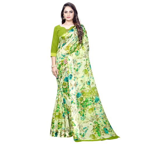 Demanding Green Colored Casual Floral Printed Linen Saree