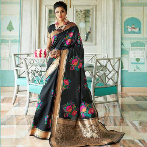 Exceptional Black Colored Festive Wear Woven Silk Saree