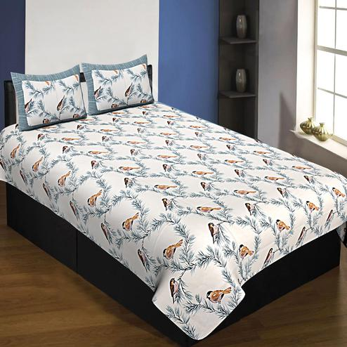 Refreshing White-Grey Colored Bird Printed Pure Cotton Queen Size Bedsheet With Pillow Cover Set