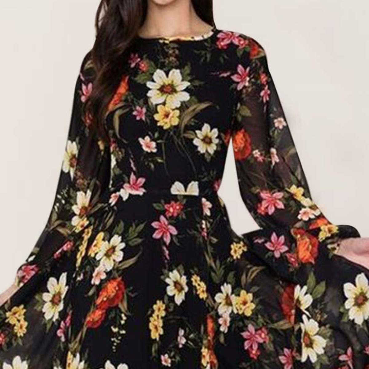 Prominent Black Colored Partywear Floral Printed Georgette Gown