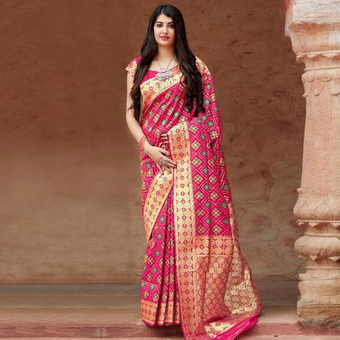 Majesty Pink Colored Festive Wear Woven Banarasi Patola Silk Saree