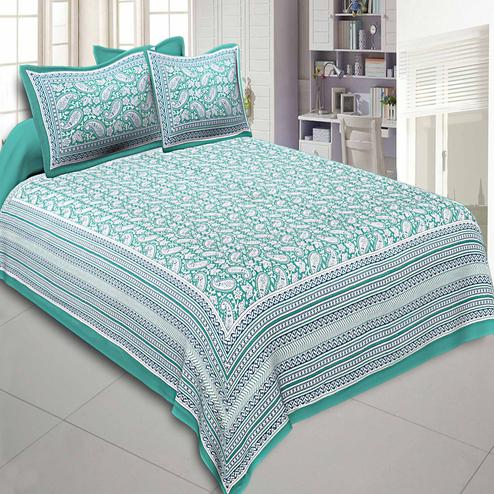 Glorious Turquoise Green Colored Paisley Printed Cotton Double Bedsheet With Pillow Cover