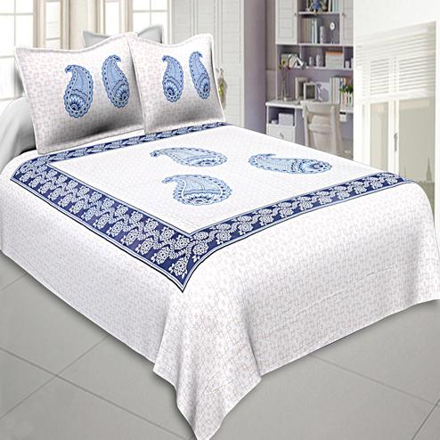 Engrossing White-Blue Colored Printed Cotton Double Bedsheet With Pillow Cover