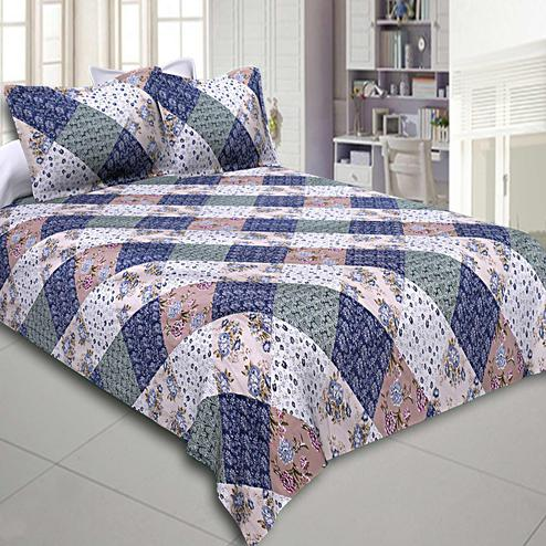Impressive Multi-Blue Colored Floral Printed Cotton Double Bedsheet With Pillow Cover