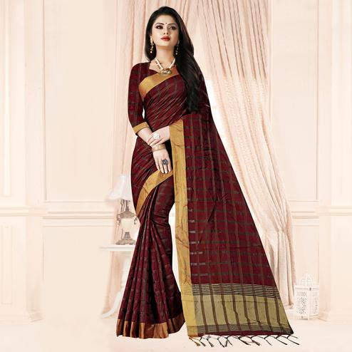 Groovy Maroon Colored Festive Wear Checkered Printed Poly Cotton Saree