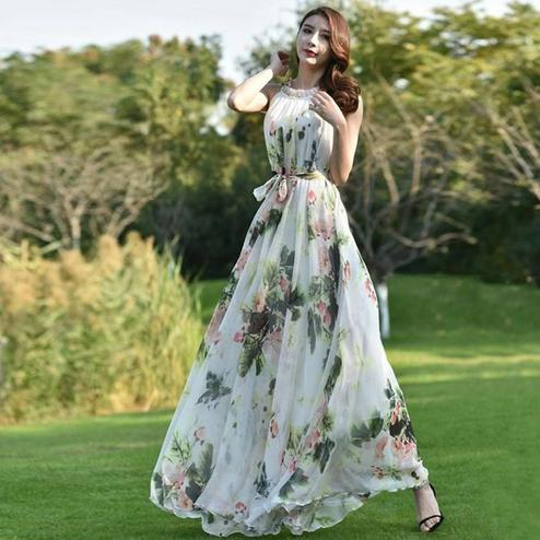 Capricious White Colored Partywear Floral Printed Georgette Gown