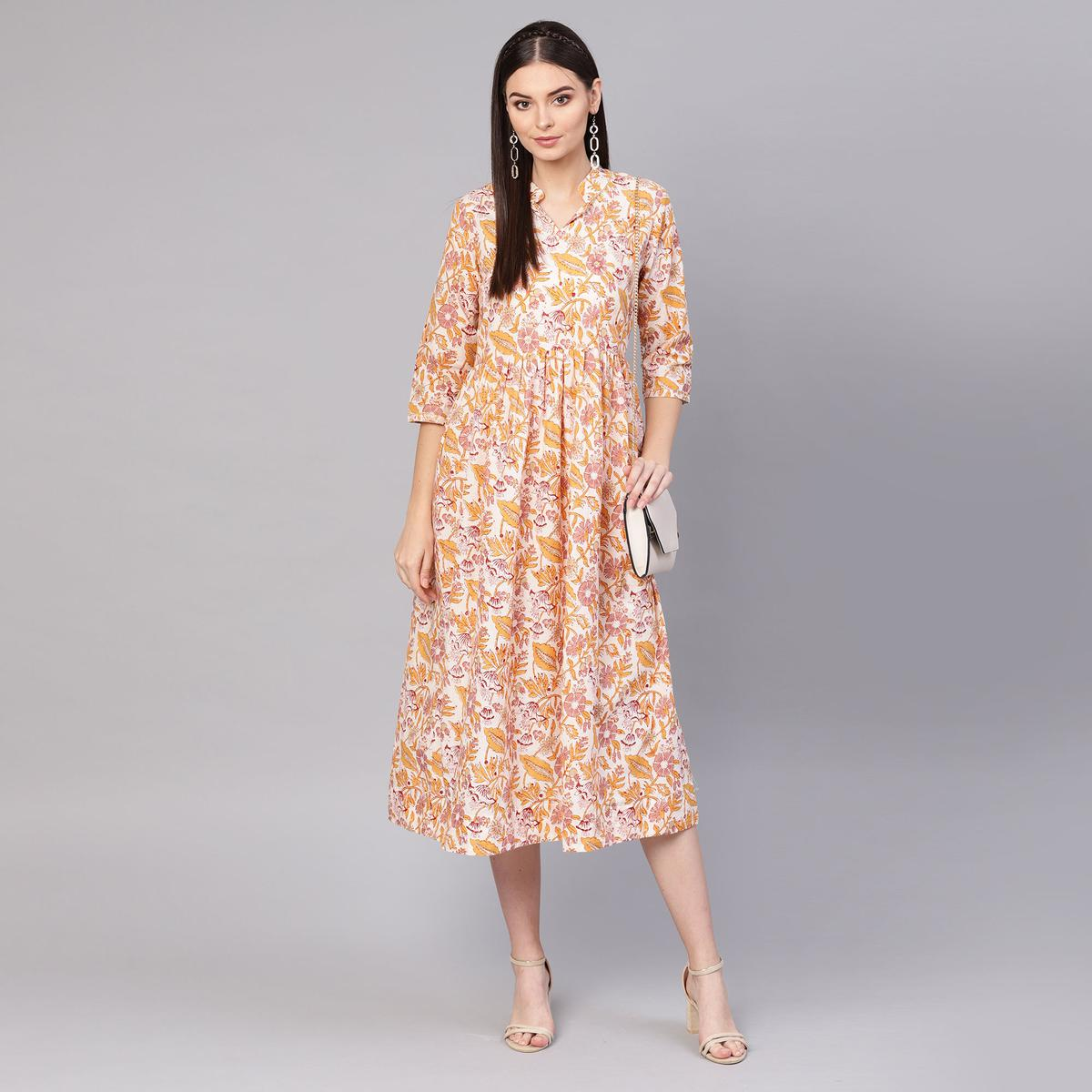 Engrossing Off White-Multi Colored Casual Printed Cotton Tunic