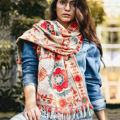 Gleaming Off White Colored Printed Khadi Cotton Stole