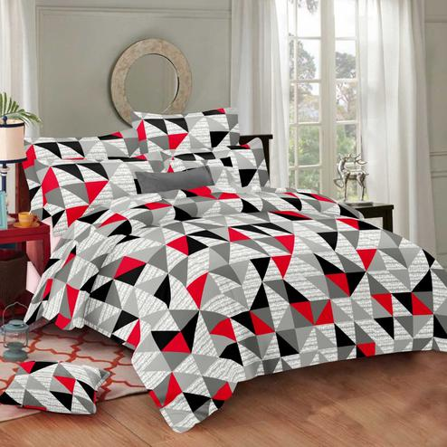 Demanding Multi Colored Geometric Printed Cotton Double Bedsheet With Pillow Cover