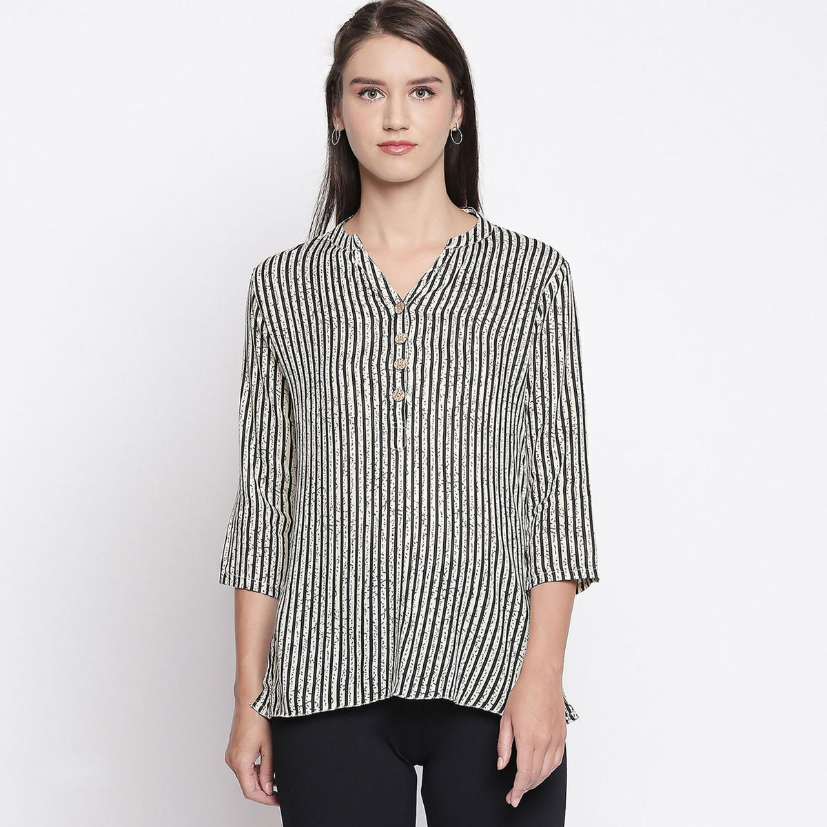 Flaunt Off White-Black Colored Casual Printed Cotton Top