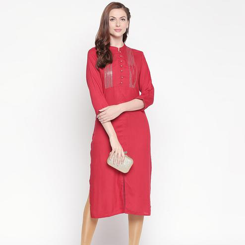 Arresting Red Colored Casual Wear Cotton Kurti