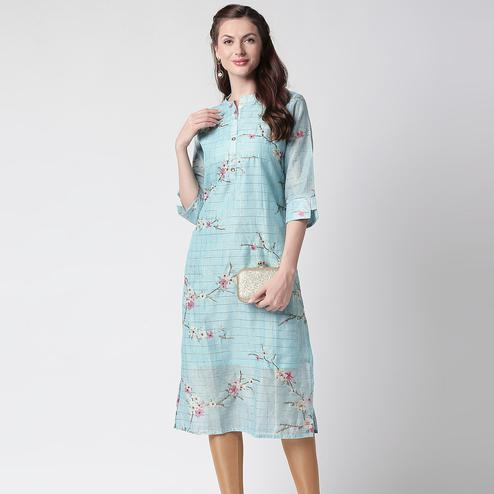 Exceptional Light Blue Colored Casual Floral Printed Cotton Kurti