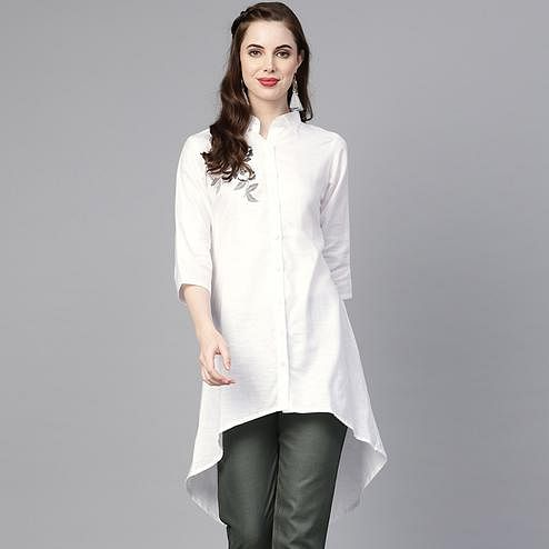 Engrossing White Colored Casual Wear Fancy Cotton Kurti