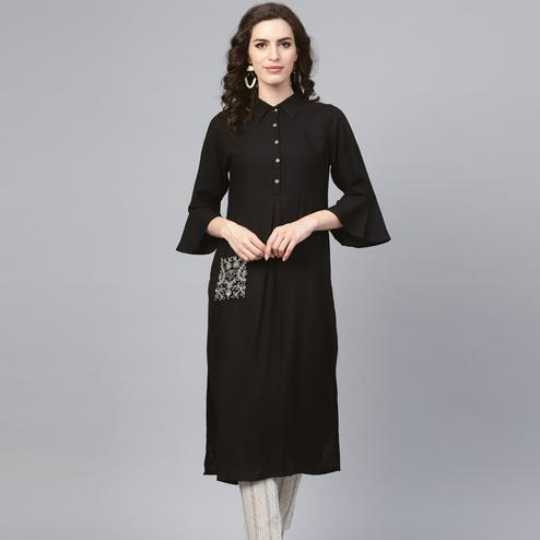 Glorious Black Colored Casual Wear Viscose-Rayon Kurti